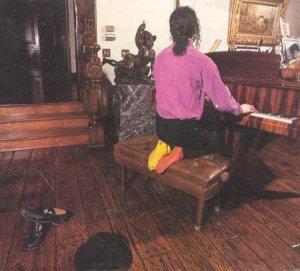 Compositeur Michael au piano