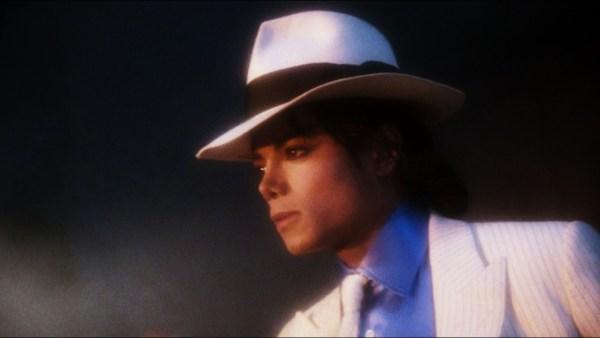 King-Of-Pop-michael-jackson-15798158-1280-722